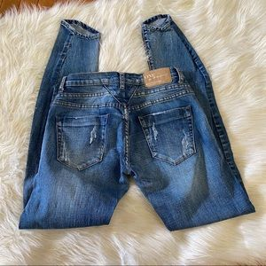 One x One Teaspoon Distressed Jeans Size 27